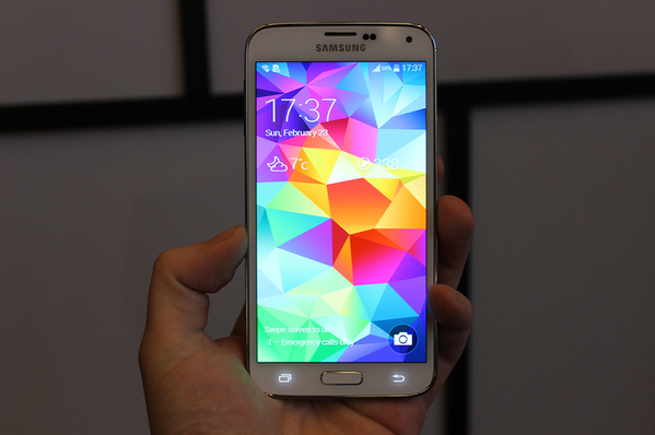 Samsung-Galaxy-S5-leaks-ahead-of-event (1)