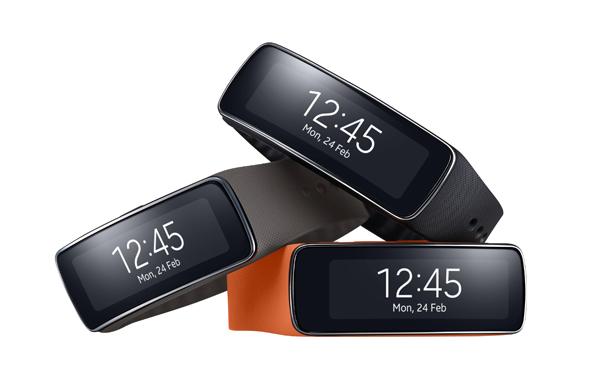 77c094ba0 كل ما تريد معرفته عن ساعة سامسونج الجديدة Samsung Gear Fit | اندرويد ...