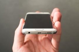 هل سعر هاتف Galaxy S6 غير منطقي؟