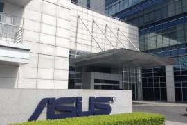 هل تستحوذ Asus على شقيقتها التايوانية HTC ؟