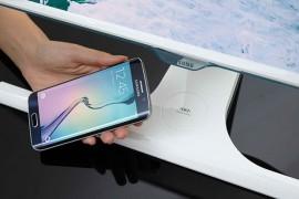 سامسونج تكشف عن شاشات جديدة ستمكنك من شحن هواتفك لاسلكياً