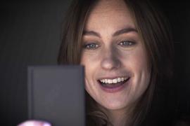 الاختبارات العمياء: إعلانات جديدة من HTC تسوق فيها لـ HTC One M9 (فيديوهات)