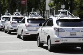 """جوجل تنافس أوبر بأول سيارة أجرة """"ذاتية القيادة"""""""