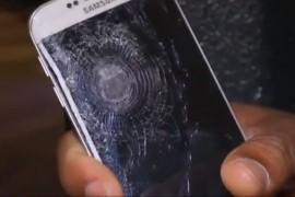 هاتف Samsung Galaxy S6 Edge ينقذ حياة حامله خلال هجمات باريس الإرهابية!