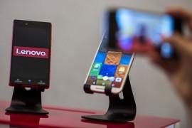 لينوفو تنتج أول هاتف ذكي بنظام ويندوز 10