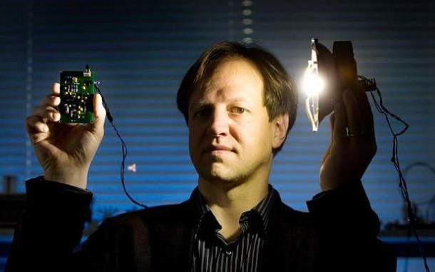 Li-fi_inventor_Professor_Harald_Haas-large_trans++pJliwavx4coWFCaEkEsb3kvxIt-lGGWCWqwLa_RXJU8