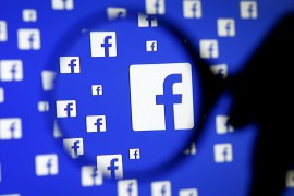 كيف يمكنك إخفاء منشوراتك القديمة على فيس بوك؟