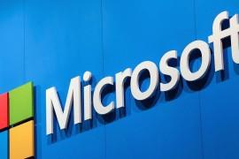 مايكروسوفت تعمل على هاتف جديد بنظام تشغيل ويندوز 10
