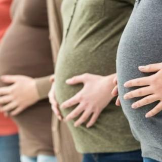 لن تحتاجي لزيارة طبيب.. 3 تطبيقات لاختبار الحمل في المنزل