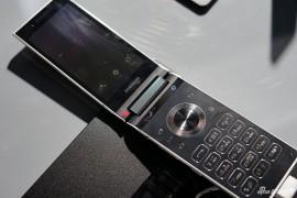 سامسونج تكشف عن أول هاتف بأكبر فتحة عدسة للكاميرا