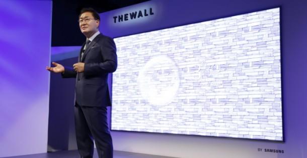222334-Samsungs-The-Wall-