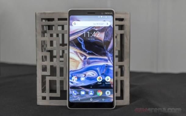 57020-Nokia-7-Plus-(1)